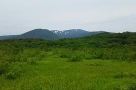 世界谷地と栗駒山